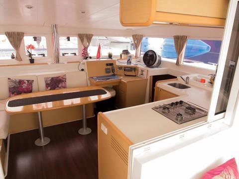 interior of Lagoon 400